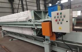 800型自动拉板厢式压滤机