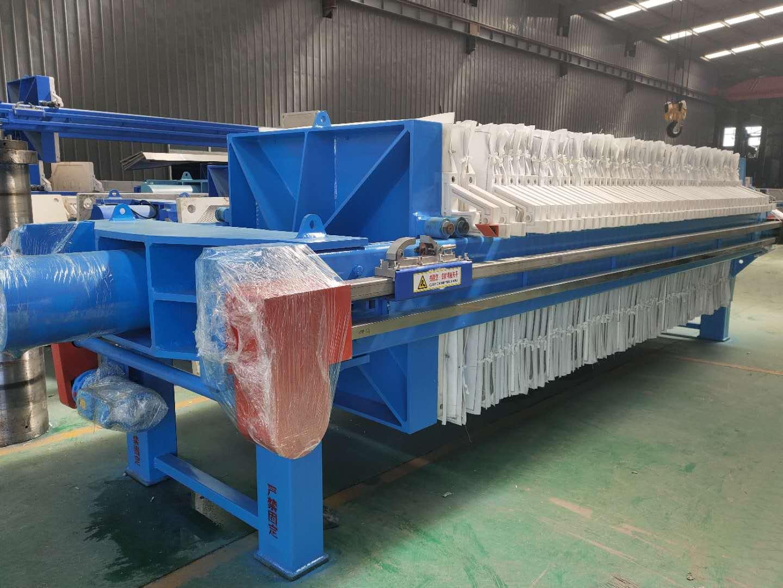 1500型自动拉板厢式压滤机